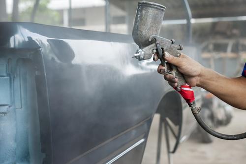מתי מומלץ לקחת את הרכב לטיפול פחחות וצבע?